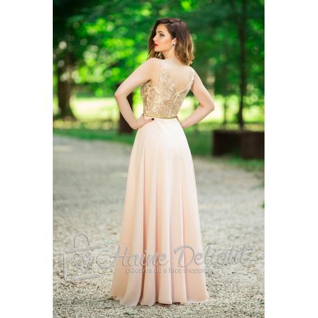 Rochie lunga roz pal cu dantela pretioasa